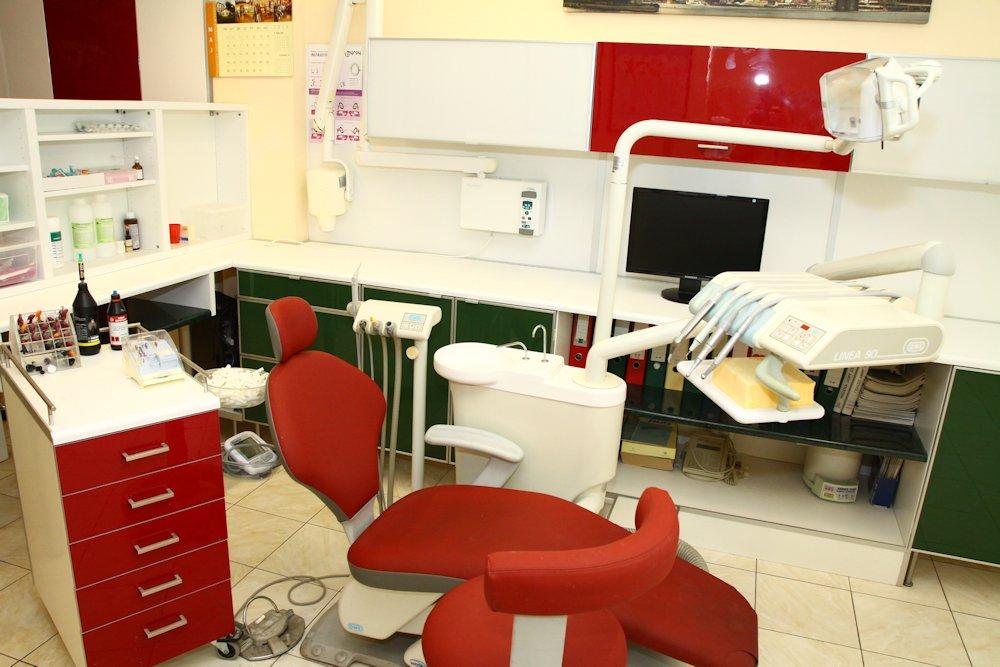gabinet-dentystyczny-zyrardow-1